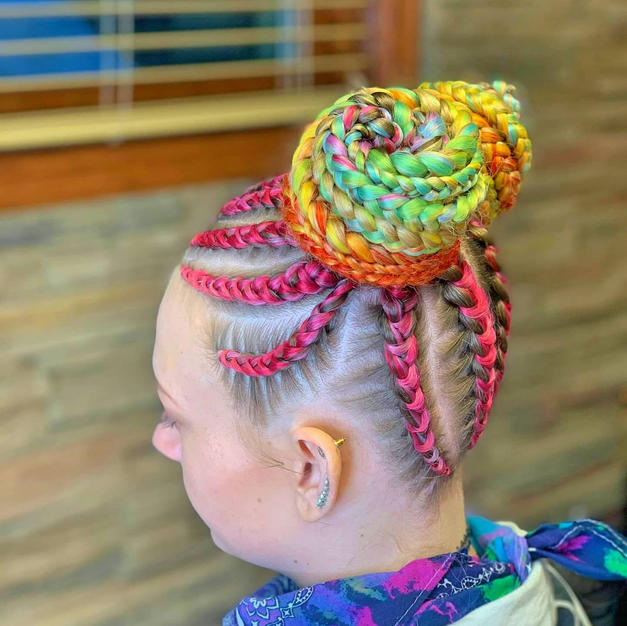 Braided Design with Feed-Ins
