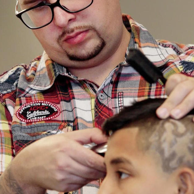 It's My Job: Local barber getting buzz for skillful designs