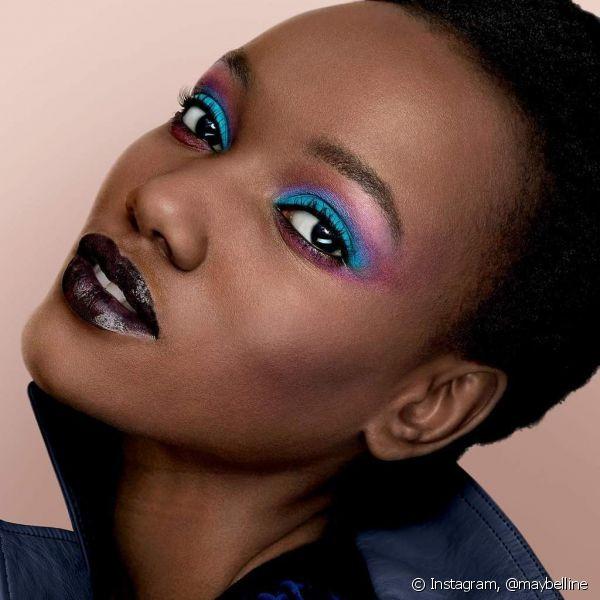 assunto nao falta sobre maquiagem e beleza - sombras coloridas