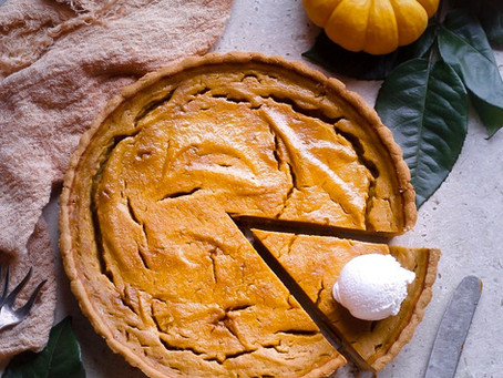 Vegan gluten free baked pumpkin pie