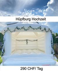 Hüpfburg für Hochzeit mit Dekoration
