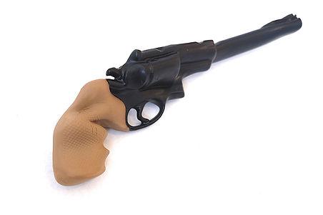 art gun revolver brown handel.JPG