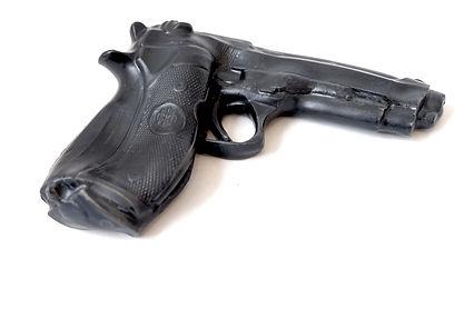 gun art barretta front 2.JPG