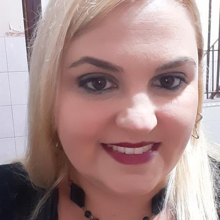 """Caroline Duarte: """"Faça da pedra de tropeço mais um degrau para você subir"""""""
