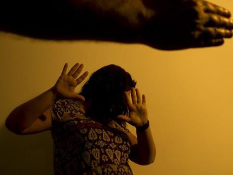 Condomínios de SP devem ser obrigados a notificar violência doméstica
