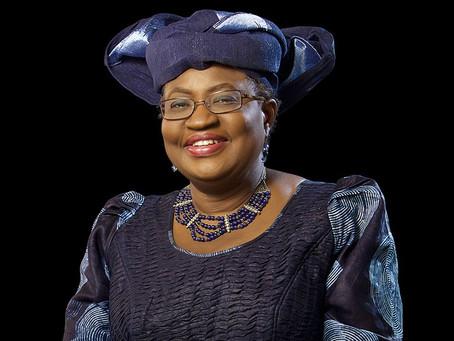 Nigeriana Okonjo-Iweala torna-se a primeira mulher a comandar a OMC