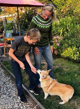 Kirsten Wojcik, KW Happy Dogs, Dog Trainer, Dog Walker