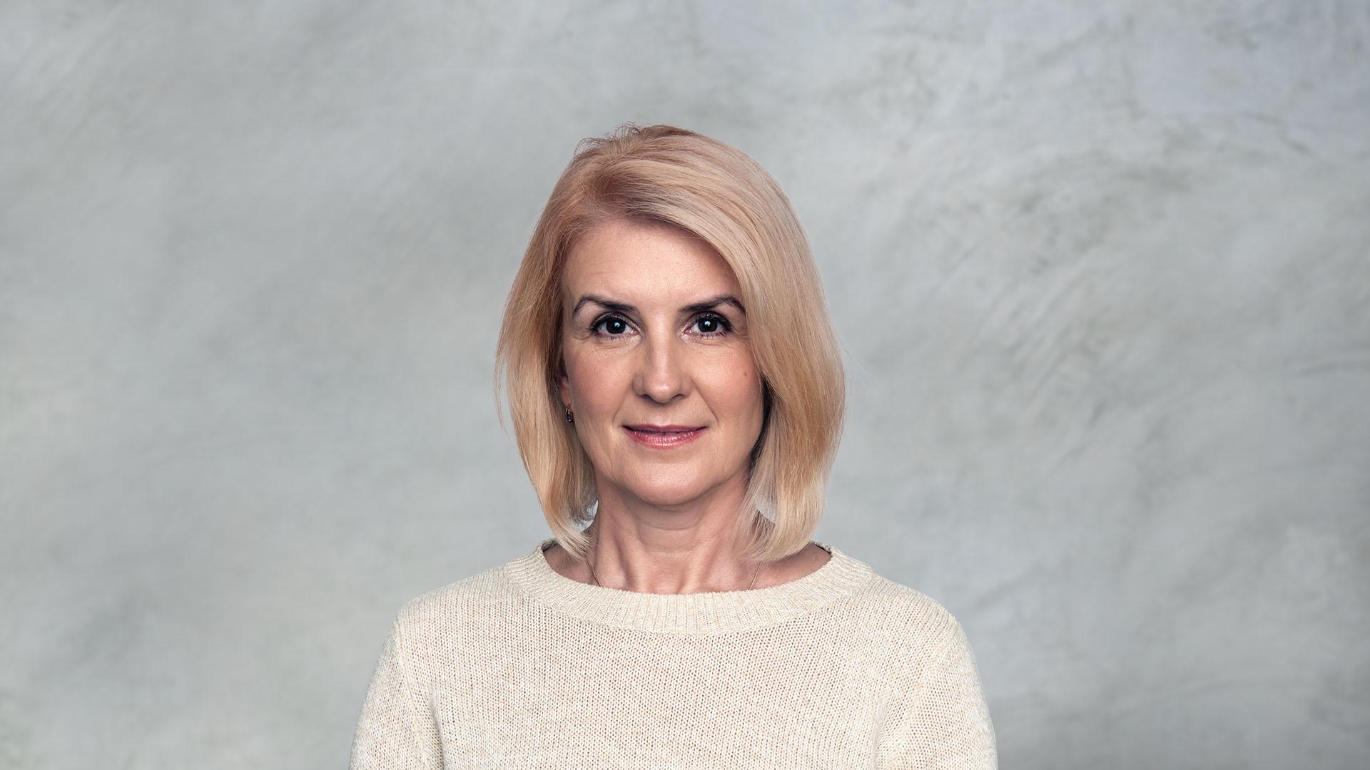 Sarah Parker / Healthcare & Life Sciences