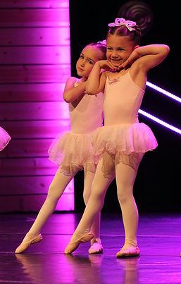 DancePerformers1.jpg