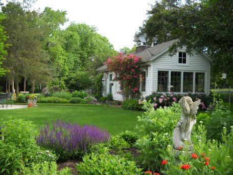 Five-Garden Daylong Art & Garden Tour – Featuring Gardening Expert Melinda Myers