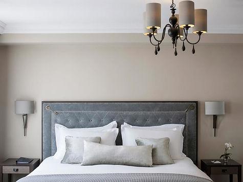 Castle Hotel Windsor Bedrooms (6).jpg