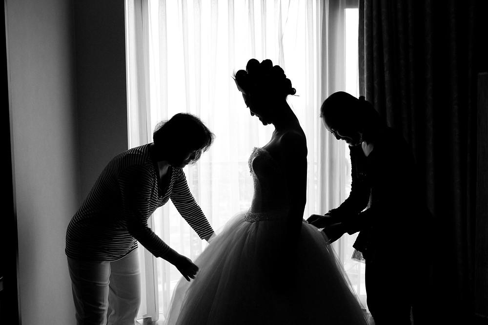 高雄婚攝 台南婚攝 屏東婚攝 婚攝MIRO 高雄攝影師 南部攝影師 台北婚攝 戶外婚禮 海外婚禮  樂式婚禮 高雄婚攝推薦  高雄婚禮紀錄 有溫度的婚攝 義大天悅飯店 非常婚禮 wedding day 高雄婚禮紀錄 高雄飯店