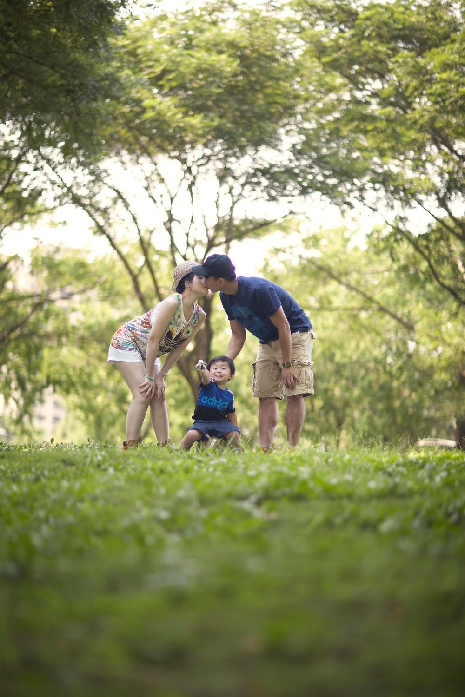 孕寫真 孕媽咪 懷孕 寫真拍攝 全家福 新生兒拍攝 寶寶寫真 婚攝MIRO 高雄攝影師 南部攝影師 高雄婚攝 台南婚攝 高雄錄影 糖果罐攝影棚 樂式婚禮