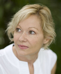 Leigh K Cunningham