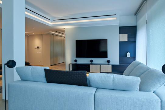 living room 2-1600.jpg