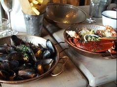 1509 mussels lobster prosecco.JPG