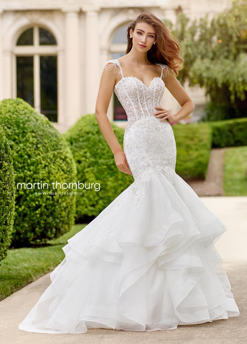 sweetheart-wedding-dress-Martin-Thornbur
