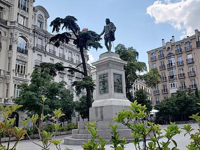 Tras los pasos de Cervantes y sus colegas escritores por el Barrio de las Letras de Madrid: Ruta del
