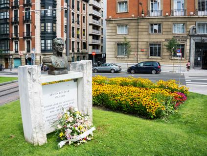 Bolívar se fue a Bilbao… persiguiendo a María Teresa