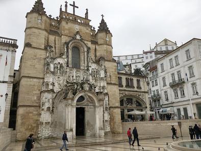 Reyes y Fados en el antiguo Monasterio de Santa Cruz de Coímbra