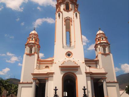 El Panteón Nacional y el Mausoleo del Libertador