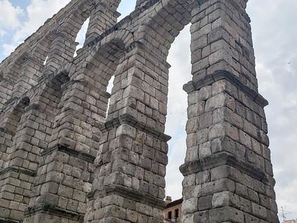 Las marcas del diablo en el Acueducto de Segovia