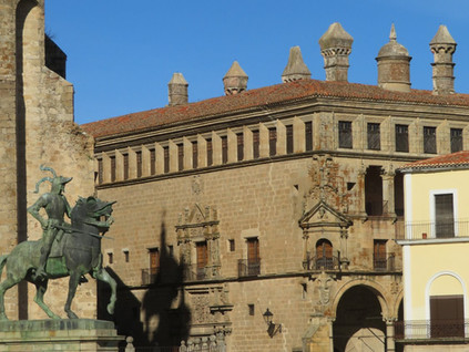 Paseando por Trujillo: tras los pasos de Pizarro y Orellana