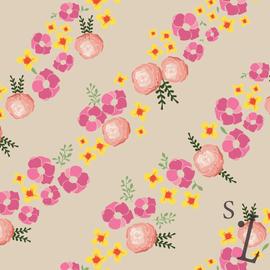 Diagonal Floral Pattern