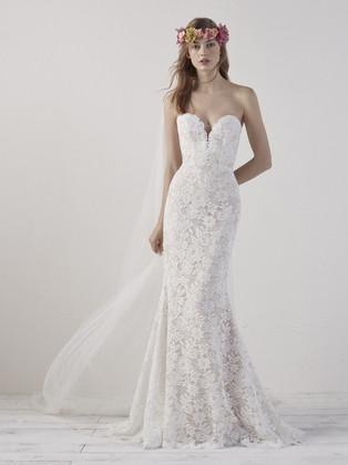 Lace, Boho-Chic, Mermaid wedding dress, buttons