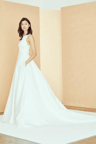 3-Nouvelle_Bridal_R312S_MAGGIE_Dress_Hig