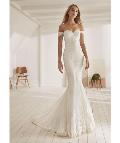lace applique off the shoulder mermaid wedding dress