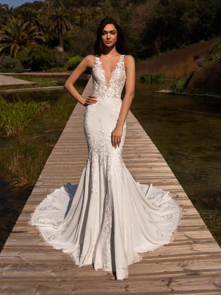 illusion neckline, keyhole back, lace train, crepe mermaid wedding dress