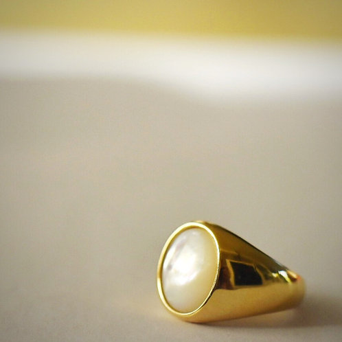 Ring verguld met PARELMOER