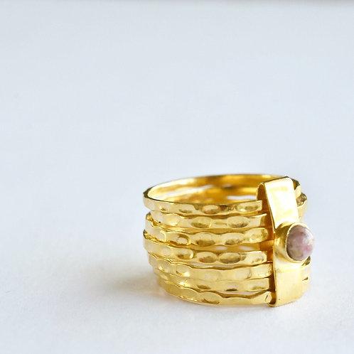 Ring in verguld Sterling zilver met roze steentje