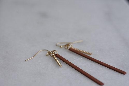 Hangers staafjes - goud/bordeauxbruin