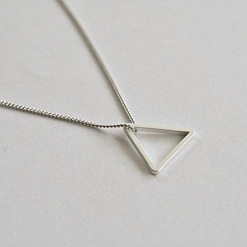 """Ketting zilver 925 """"driehoekje"""""""