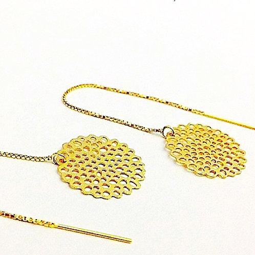 Doorsteekoorbellen in mat goud of mat zilver