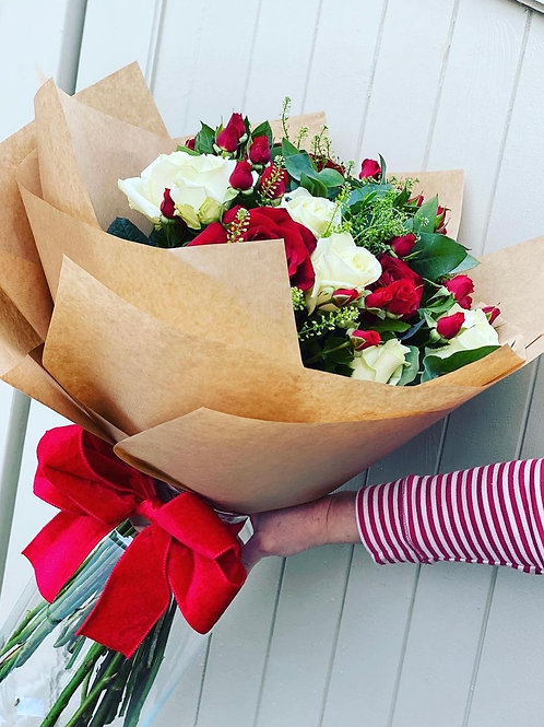 Cream and red rose hand tie