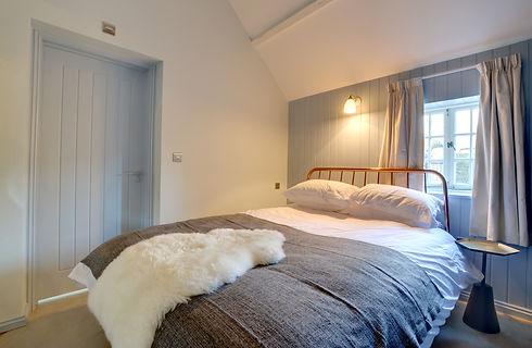 CT013 - Bedroom.jpg