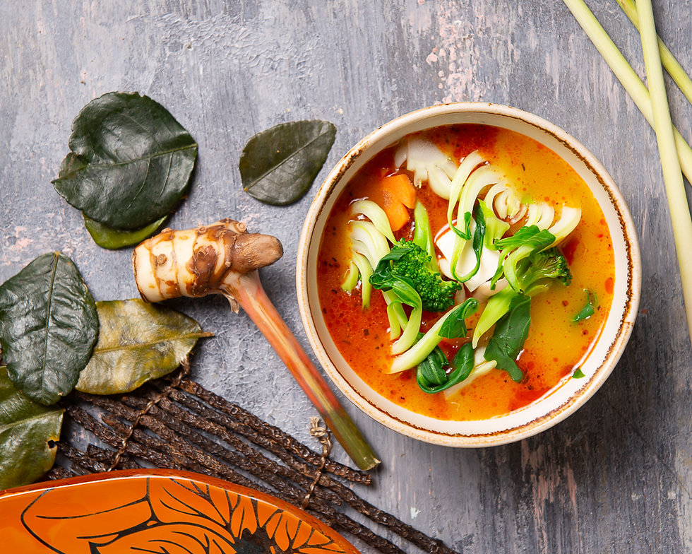 Hot and sour soup with tofu, beggies, sh
