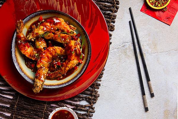 Deep-fried tiegr prawns with spicy sichu