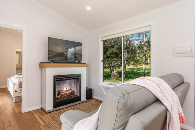 'Fern Hill' - fireplace and lounge area