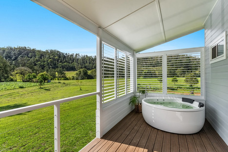 Spa on the deck, 'Fern Hill'