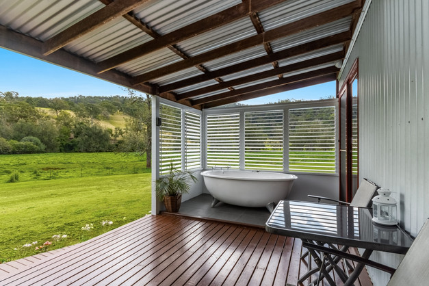 Large deck with spa, 'Silky Oak'