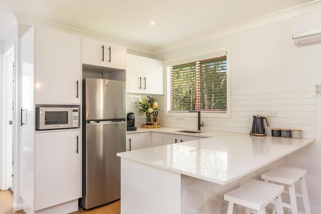 Modern Kitchen, 'Silky Oak'