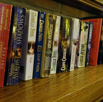 The book shelf in the Park Bar, Dalmuir. 18th February 2015