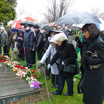 Remembrance Service at the Blitz Memorial at Old Dalnottar Cemetery. 12th March 2011