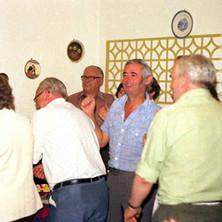 The crowd at the Lomond Folk night enjoying the buffet. - Douglas Hotel, Clydebank 13th august 1977