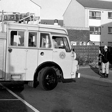 Glasgow fire tender at a callout at flats in Summerston. - Saturday 17th May 1980