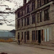 Bon Accord Street. My oldest sister lived in the end close for many years and I stayed there for a few months as a small boy. I used to climb up to the toilet window and watch the cranes in John Brown's shipyard. - Photo by Tommy Quinn.